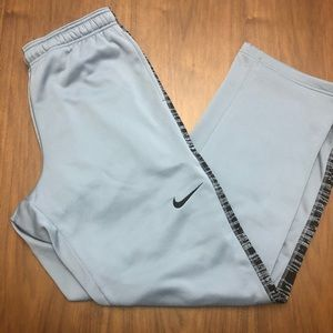 Nike Therma Fit XL gray and black training pant